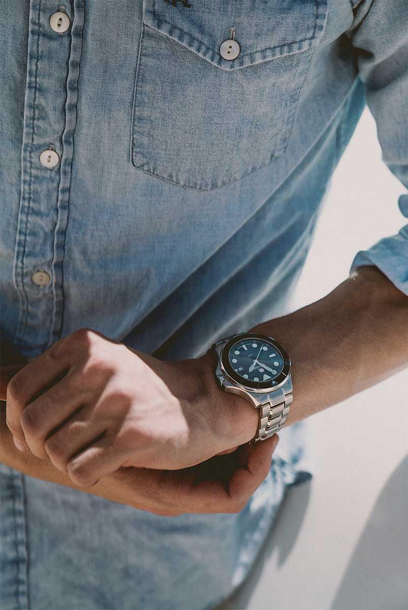 Swiss Watch Company black Diver Watch