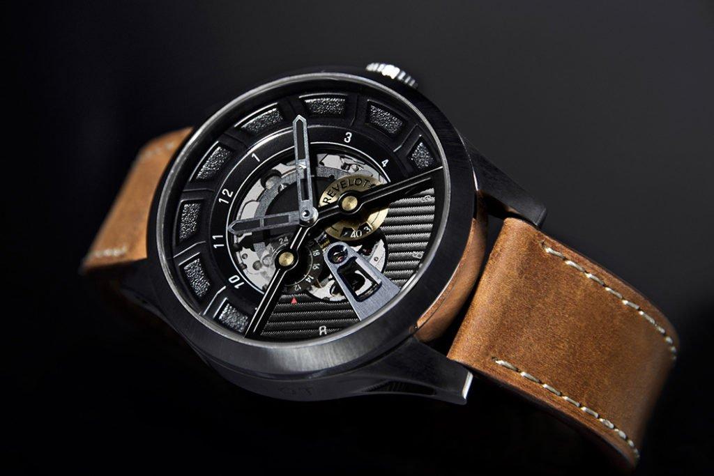 Revelot Watches Avantgarde R7