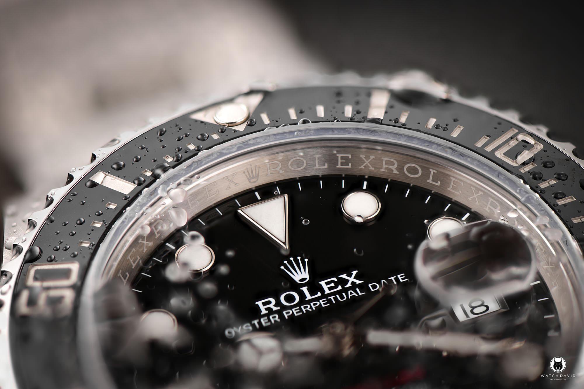 Rolex-Sea-Dweller-4000-Single-Red-03.jpg